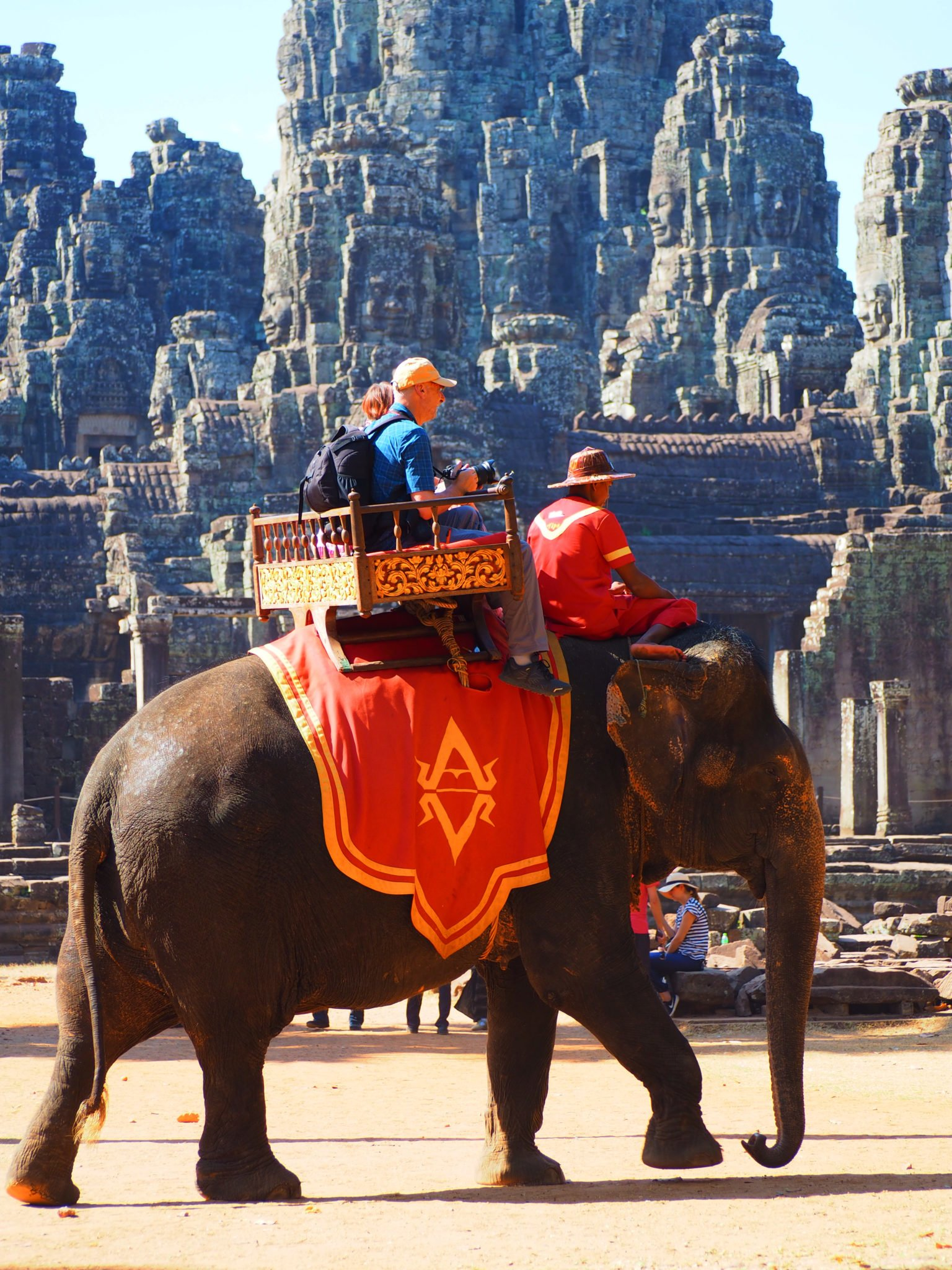 Elephant trekking looks good only on pictures…If only you could see the hook in hand of the Cambodian guide…