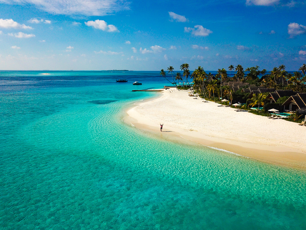 Fushifaru Maldives - amazing boutique resort in the middle of the
