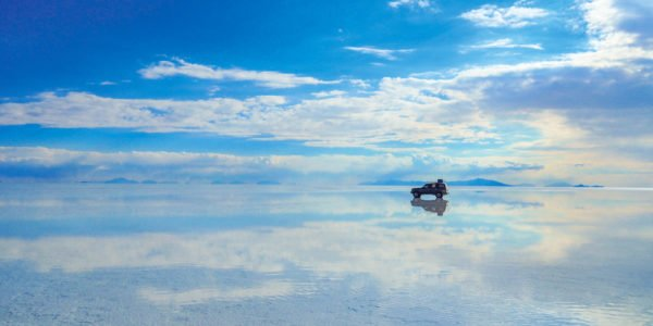 When you stuck between Heaven and Earth on Salar de Uyuni in Bolivia