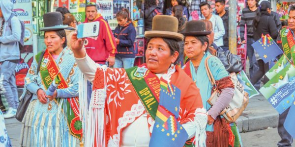 Bolivian Cholitas and the very weird story of their bowler hats