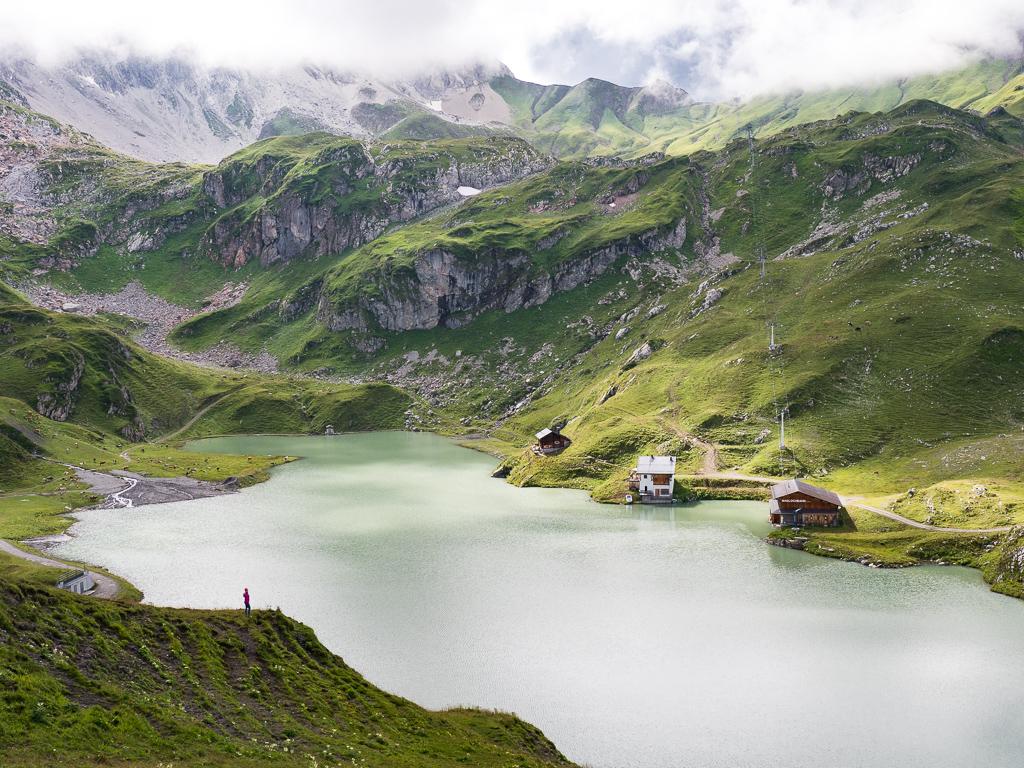 Lato w Lech Zürs am Arlberg w Austrii – praktyczny przewodnik